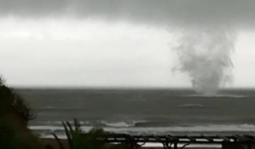 Imagen de Impresionante tormenta de lluvia y viento en la Costa Atlántica
