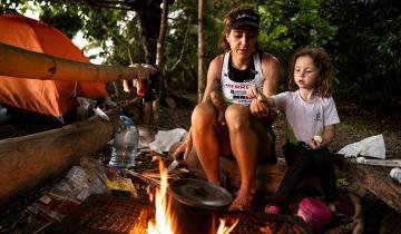 Imagen de La familia maratonista que decidió pasar la cuarentena en medio de la selva en Costa Rica