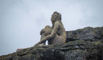Imagen de Revelación del misterio: se conoció el autor de la enigmática escultura de Mar del Plata