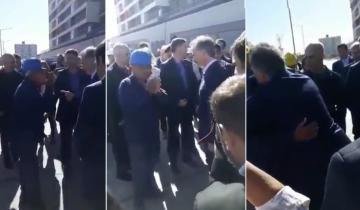 """Imagen de """"Hagan algo"""", el reclamo desesperado de un obrero al presidente Macri en un acto"""