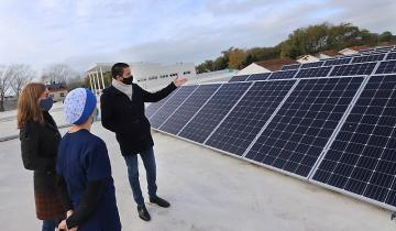 Imagen de La Costa sustentable: uno de los primeros edificios públicos de la Provincia con paneles solares para generar energía renovable