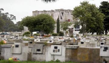 Imagen de Mar del Plata: una familia logró la venia judicial para inhumar a un muerto por Coronavirus cuando ya lo había cremado