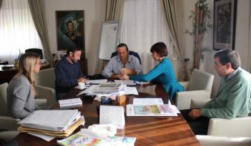 Imagen de Etchevarren confirmó la construcción de 40 viviendas en Dolores
