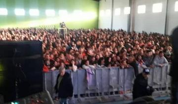 Imagen de Damas Gratis cerró el aniversario de Castelli ante una multitud