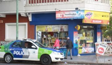 """Imagen de Video: así intentaron linchar a un ladrón que robó en un """"Pago Fácil"""" marplatense"""