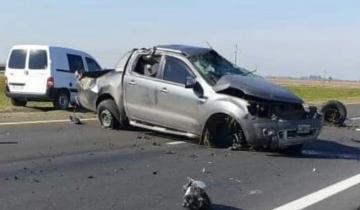 Imagen de Dos heridos tras el vuelco de una camioneta en la ruta 2