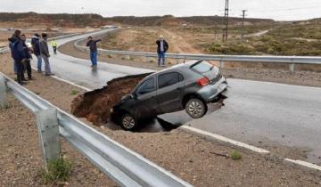 """Imagen de Increíble: un tramo de la Ruta 7 en el que trabajaba Dietrich """"se tragó"""" un auto"""