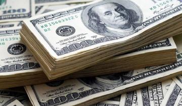Imagen de El dólar rompió la racha alcista y retrocedió a 44,84 pesos