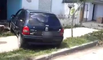 Imagen de Una menor perdió el control de su auto e impactó contra una vivienda en Dolores