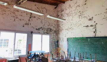 Imagen de Una escuela de Pavón, en General Lavalle, cerrada desde hace más de un mes