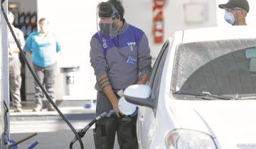 Imagen de Este fin de semana vuelven a aumentar los combustibles: la suba será en promedio de un 6%
