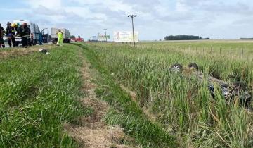 Imagen de Ruta 2: cinco heridos tras un accidente de tránsito a la altura de Castelli