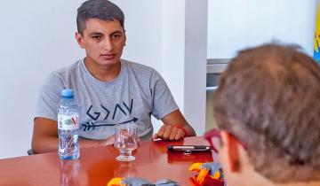 Imagen de La increíble historia de Yoel Almirón, el joven que imprime y dona prótesis 3D