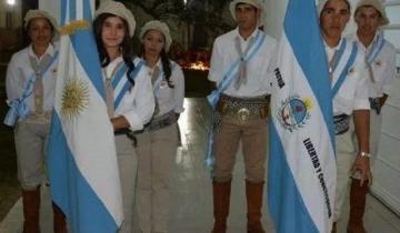 Imagen de Furor en las redes: egresados recibieron su diploma vestidos de paisanos