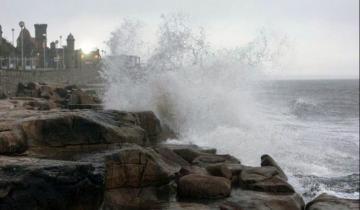 Imagen de Renuevan el alerta por fuertes vientos en la Costa Atlántica