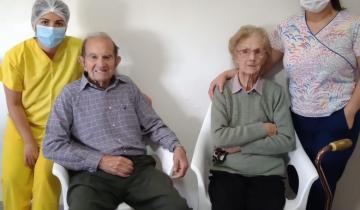 Imagen de Ella 90 el 93: la pareja de Dolores que venció al Coronavirus