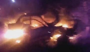 Imagen de Ardió un auto en la madrugada de Villa Gesell