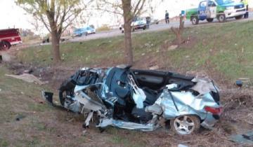 Imagen de Vuelco fatal en la Ruta 6: dos jóvenes perdieron la vida