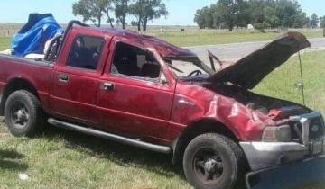 Imagen de Volcó una camioneta en la Ruta 11