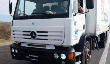 Imagen de Coronavirus: un policía intentó esquivar el control de General Lavalle escondido en un camión que vendía pollos