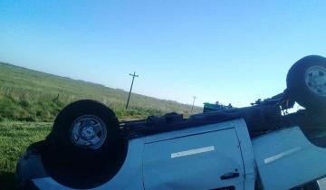 Imagen de Choque en cadena y vuelco en la Ruta 63