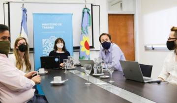 Imagen de Paritaria docente: los gremios aceptaron la oferta salarial del gobierno provincial