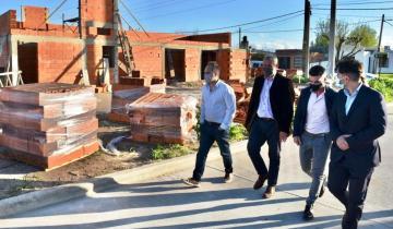 Imagen de El gobierno nacional entregó créditos para construcción y lotes con servicios en Castelli, Tandil y Mar del Plata