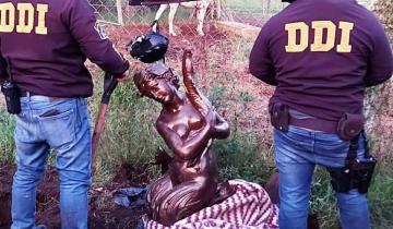 Imagen de Mar del Plata: recuperan la escultura robada frente a la Municipalidad y descubren otras obras de alto valor patrimonial