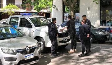 """Imagen de Mar del Plata: un """"cuidacoches"""" terminó preso tras defender a una mujer y un bebé que habían sido agredidos por otro hombre"""