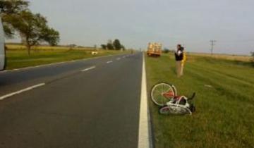 Imagen de Una ciclista murió tras chocar con un camión sobre la Ruta Nacional 7