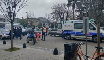 Imagen de Dolores: una mujer fue atropellada por un policía que circulaba en una moto robada