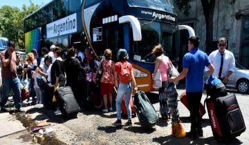Imagen de Maleteros bloquean por cuarto día la terminal de micros de Mar del Plata