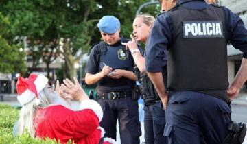 Imagen de Cayó un falso Papá Noel que les cobraba las fotos a los chicos en La Plata