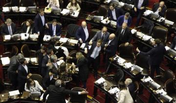 Imagen de Afuera incidentes, adentro papelón: así se debate el Presupuesto 2019 en la Cámara de Diputados