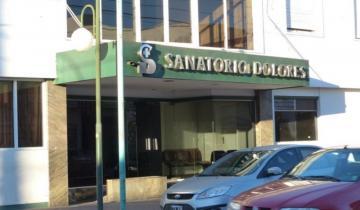 Imagen de Conflicto con trabajadores del Sanatorio Dolores: despidieron a una empleada