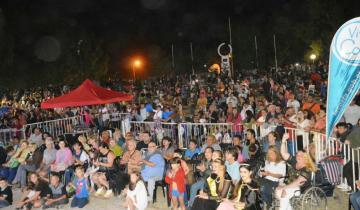 Imagen de Las Toninas festeja su 60° aniversario con cuatro noches de espectáculos al aire libre