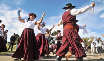 Imagen de Dolores: Celebración solidaria del Día de la Tradición