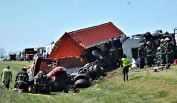 Imagen de Cuádruple choque en la Ruta Nacional 5: dos muertos y varios heridos