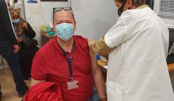 Imagen de Cómo fue la experiencia del primer dolorense en recibir la vacuna contra coronavirus