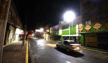 Imagen de Una por una, las calles de La Costa en las que se está colocando luces LED