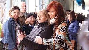 Imagen de Votó Cristina Kirchner y aseguró que es un día muy importante para la democracia
