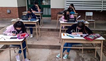 Imagen de Comienza el plan para recuperar contenidos en las escuelas: actividades presenciales, a contraturno y los sábados