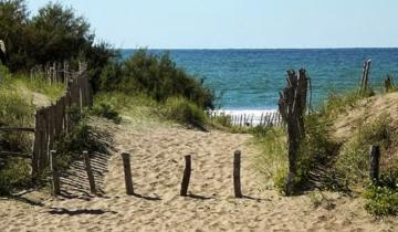Imagen de Aguas Verdes: hallan a una persona muerta a orillas del mar que se habría suicidado
