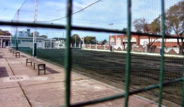 Imagen de Un marplatense impulsa un protocolo nacional para la vuelta del papi fútbol, el padel y otros deportes amateurs
